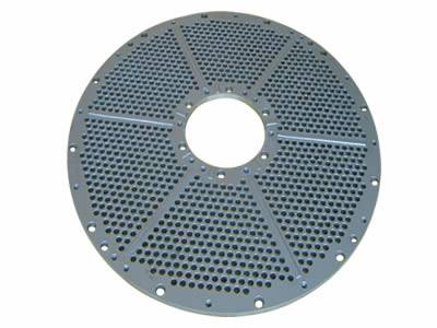 Ring-shape perforated filter disc with unified, round and micro holes has wrapped margin.